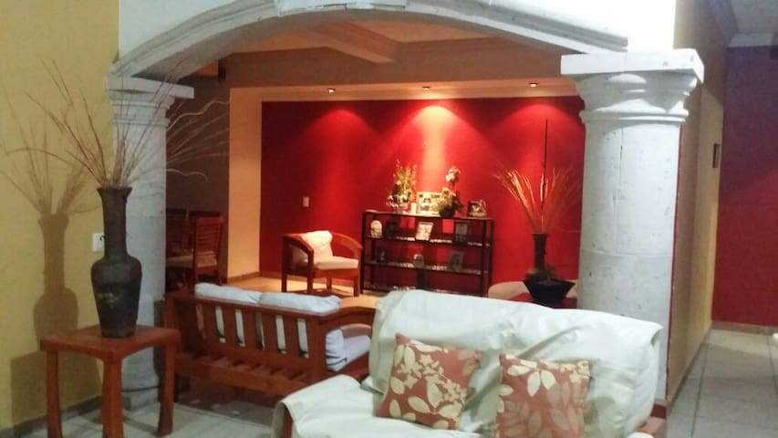 CASA PALMERA ROJA - San Patricio - Haus