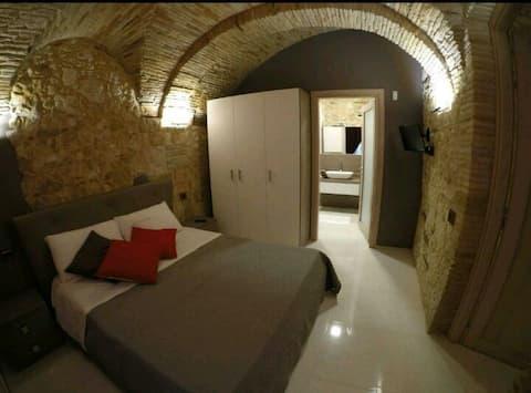 Al Castello, nel cuore di Cagliari (IUN P1125)