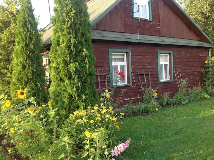 Dom na skraju Puszczy Białowieskiej