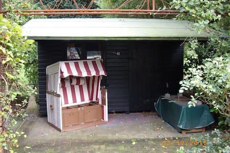 Holzhütte 12 - Gokels