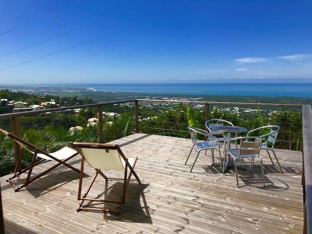 Lounge des hauts/vue panoramique/Océan & Montagnes