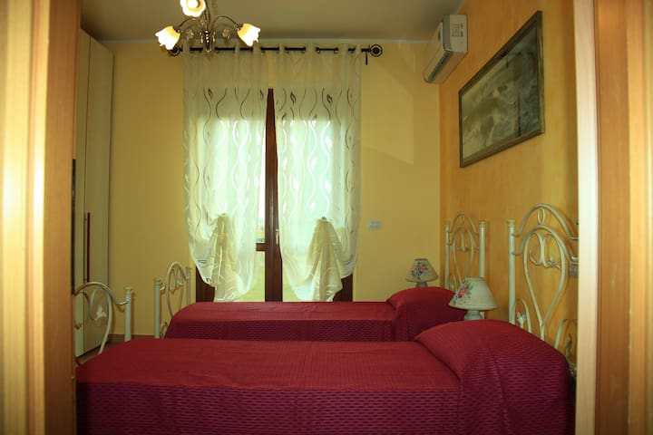 La gatta Ciotolina vista Assisi 1 - Bastia Umbra - Apartment
