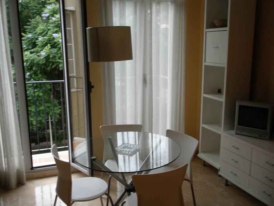 Comedor/Living Room