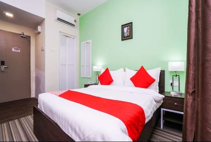 Boutique Room Queen Bed near Jonker Street Melaka