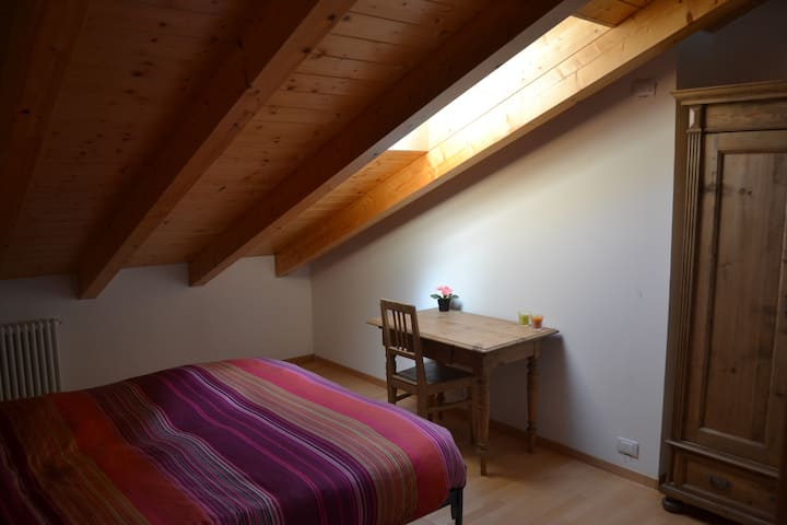 Two level flat with Brenta's Dolomiti view.