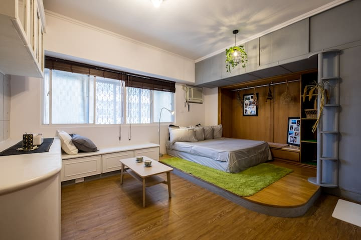 Bed&Bike 5 mins to MRT R14 Station 高雄瑞豐夜市/漢神巨蛋 五分鐘 - Zuoying District - Apartment