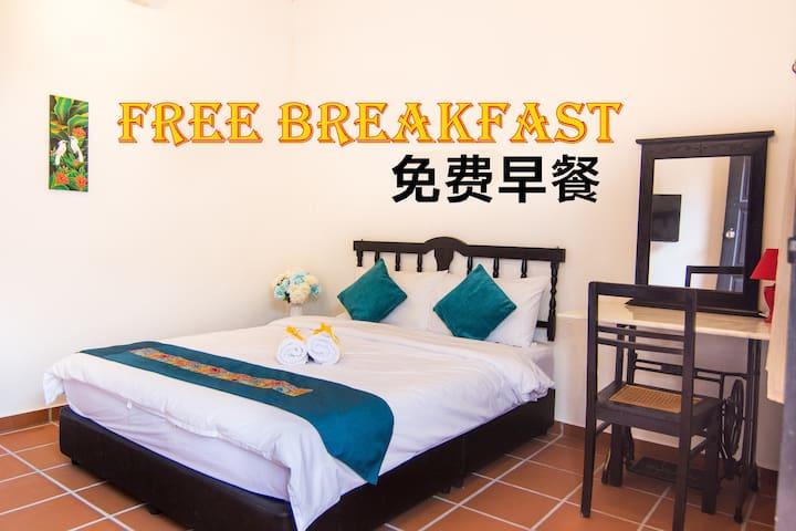 MEEM度假屋。娘惹风双人套房+早餐,3km到马六甲鸡场街
