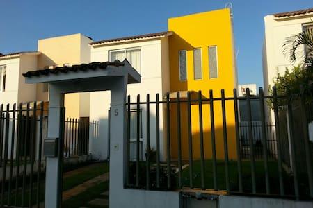 Casa Misael - Haus