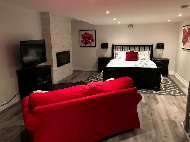 Charming Suite in the Riverdale area of Toronto