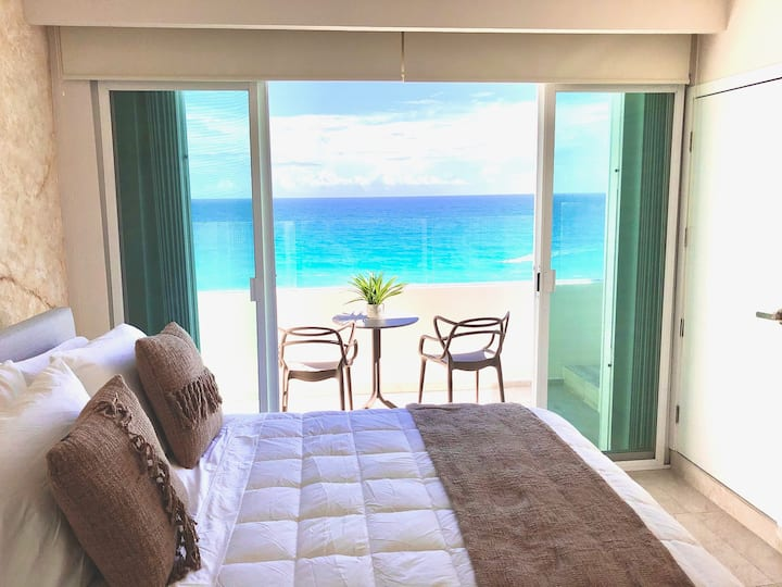 Cancun Hotel Zone Beach Front Fantastic Penthouse