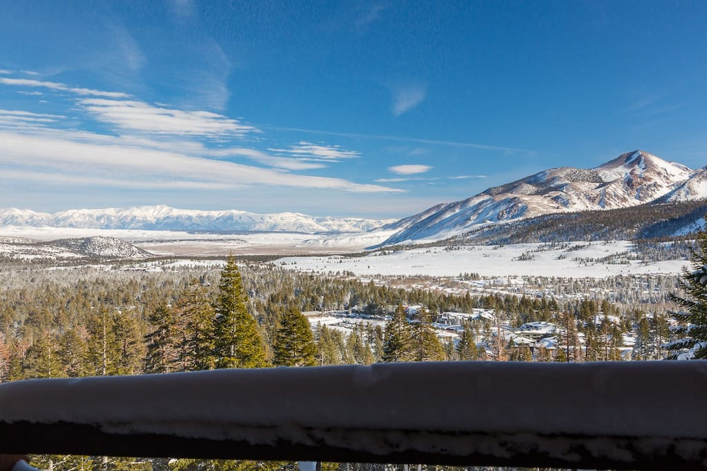 Views Forever Ski In Ski Out Above Eagle Tot 7942 Condominiums For Rent In Mammoth Lakes