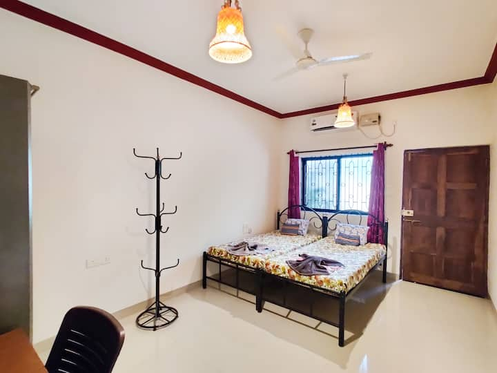 Anna Maria's Cottage - A2 - By Nirvana Abode