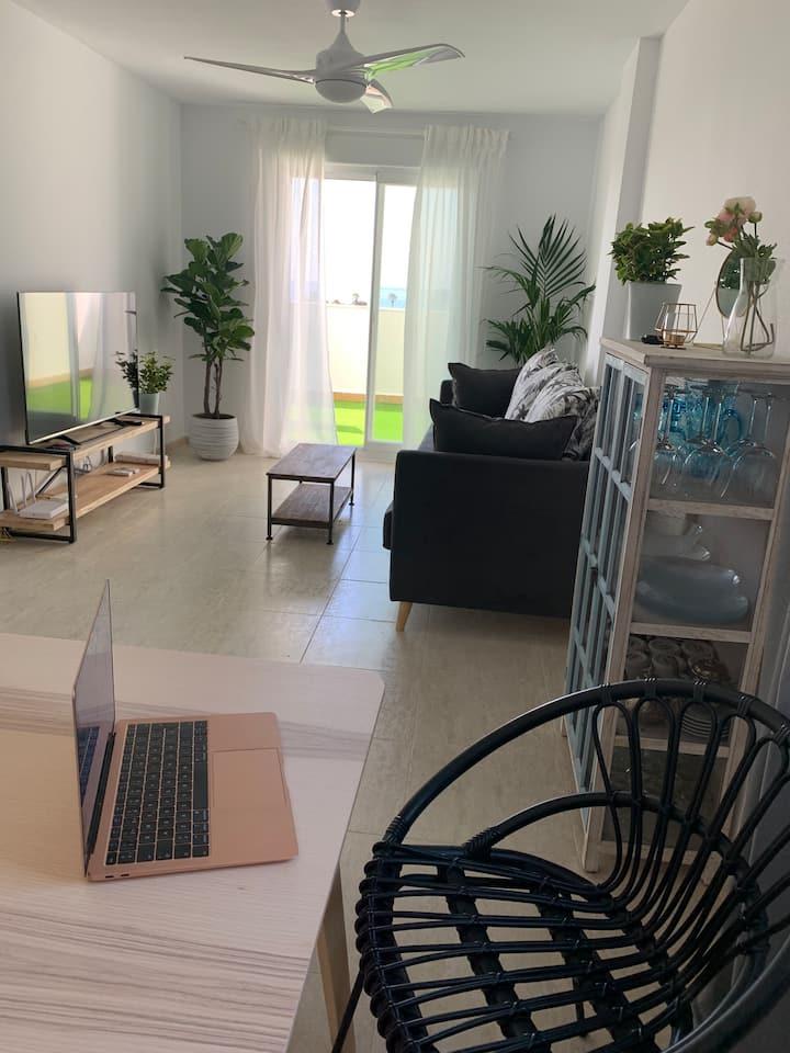 Apartamento frente al mar en Balerma