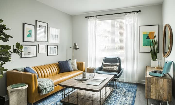 A place of your own | 2BR in Glendale
