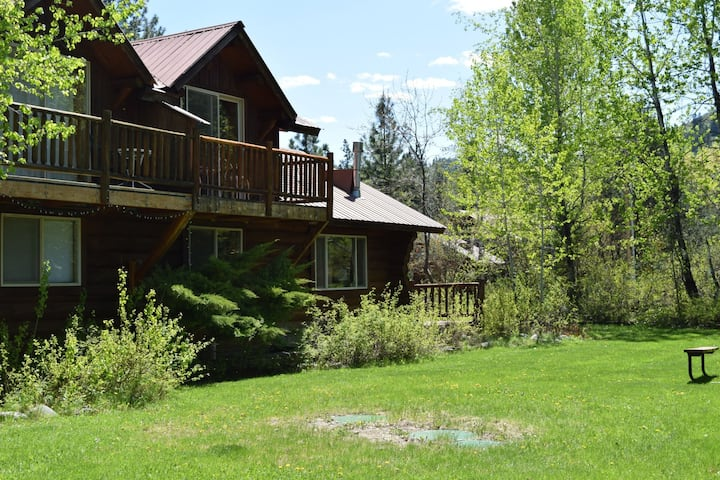 Happy Cabin:  One Bedroom at Wolfridge Resort