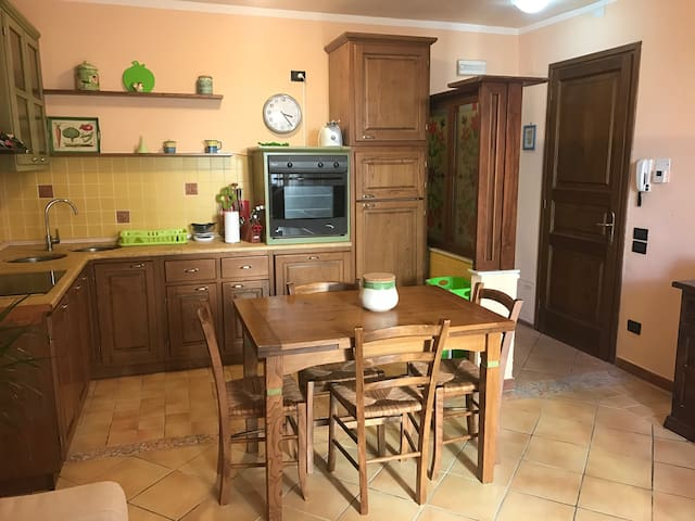 Lovely Flat in the heart of Pietrasanta - Pietrasanta - Lakás