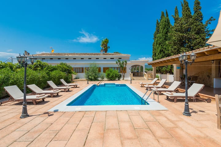 SON VALENTI - Villa with private pool in sa Pobla. Free WiFi