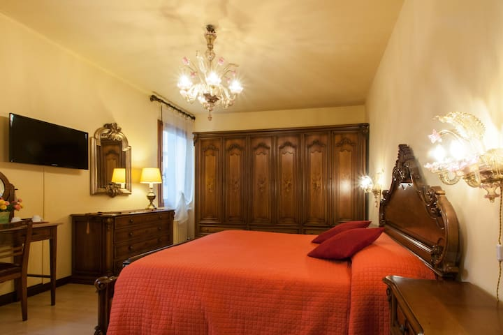 b&b da Nina Venice: big room-bathroom private ext.