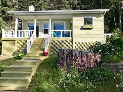 Maison moderne avec vue et accès à la mer