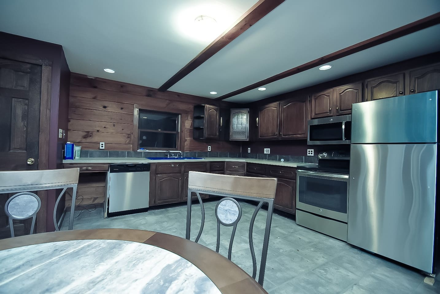 Grand Lodge on Whiskey Mountain - (Sleeps 21) - Houses for Rent in ...