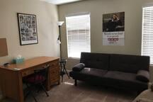 Santo's Suites, Dorm Style Suite w/Study Area