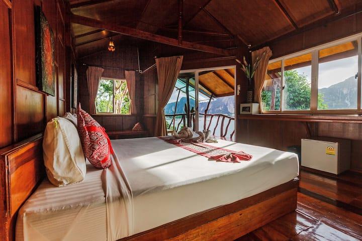 Super Seaview Luxury on Phi Phi!