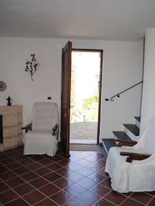 CASA CORNIGLIA nel residence Castellaccio 5 terre - Calice al Cornoviglio