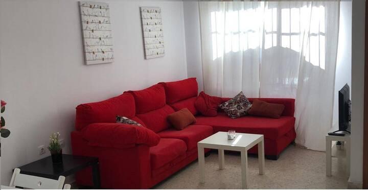 Jerez, cómoda casa cerca de bodegas y zoobotanico