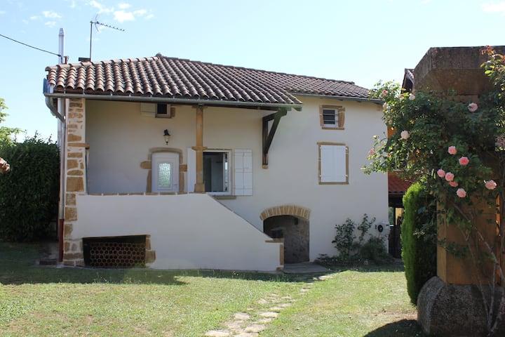 Le clos des vignes, terrasse et accès piscine