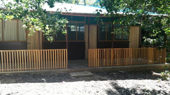 Cabaña de 03 habitaciones con Cocina