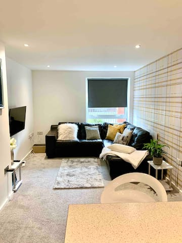 Stunning 1 bed apartment located city centre