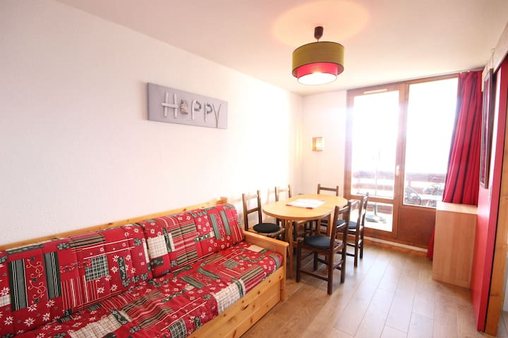 Appartment 4 persons close to the pistes and the shops