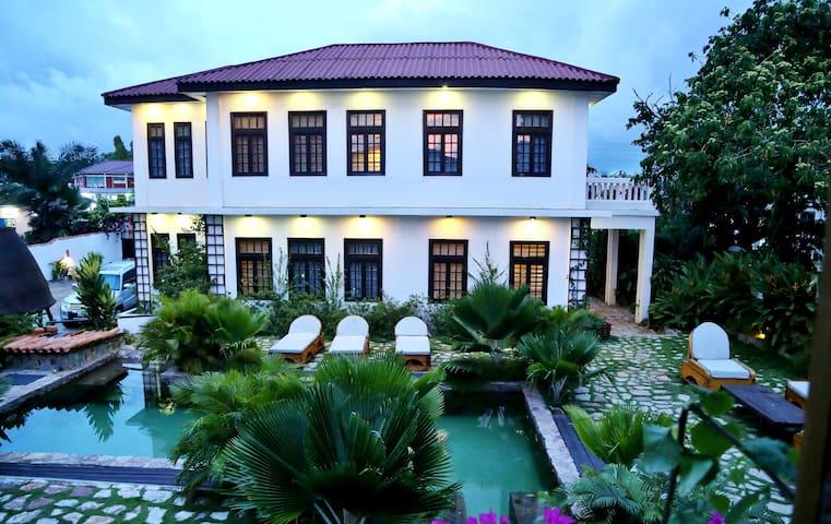 "Luxury Suite With Balcony ""202"""