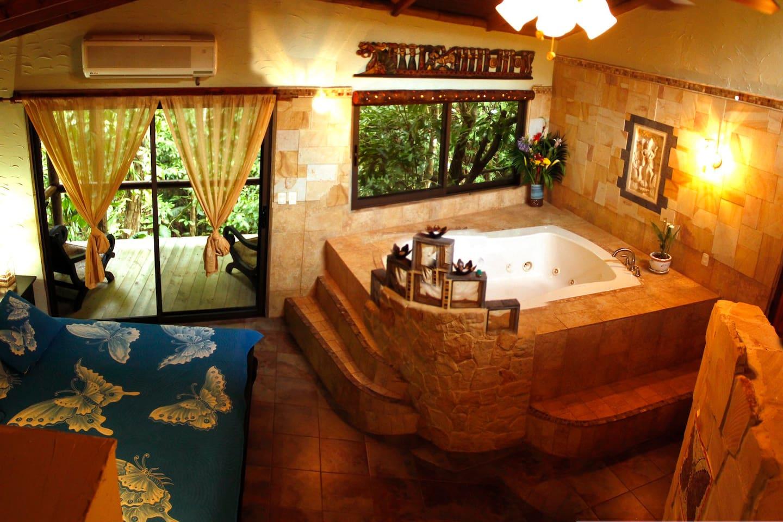 Honeymoon Suite with indoor Jacuzzi