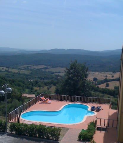 Appartamento residence con piscina - Monteverdi Marittimo - Leilighet
