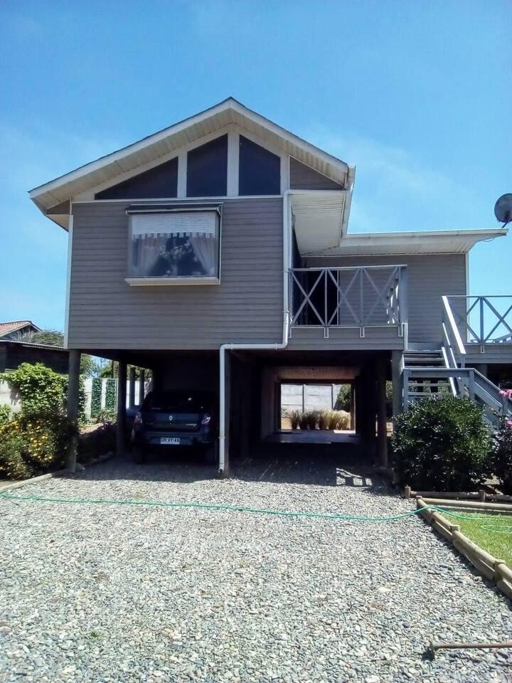 Cómoda y equipada casa en Pichidangui