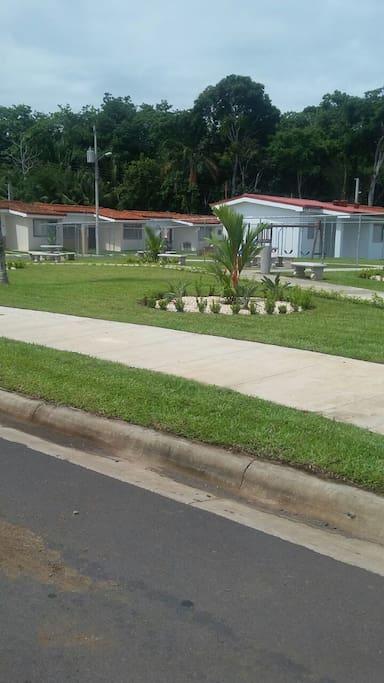 4 Parques Infantiles