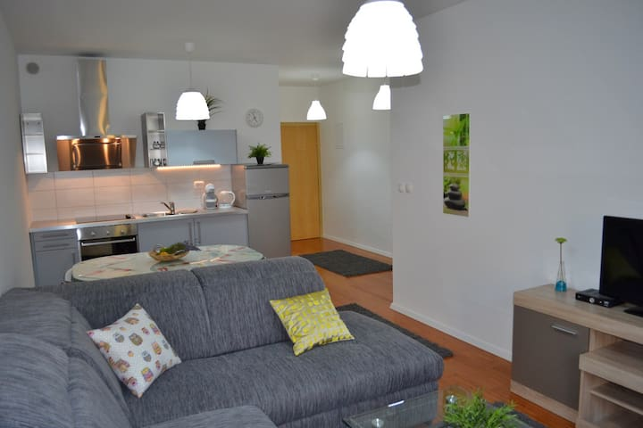 Breeze Residences 5 - modern apartment