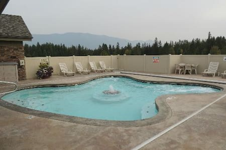 Family Friendly Unit at Meadow Lake Resort, MT - 콜럼비아 폴스(Columbia Falls)