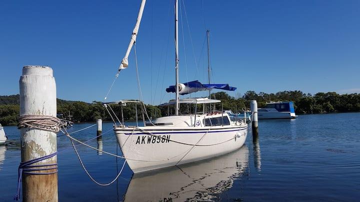 Yacht Stay in Scenic WoyWoy Channel