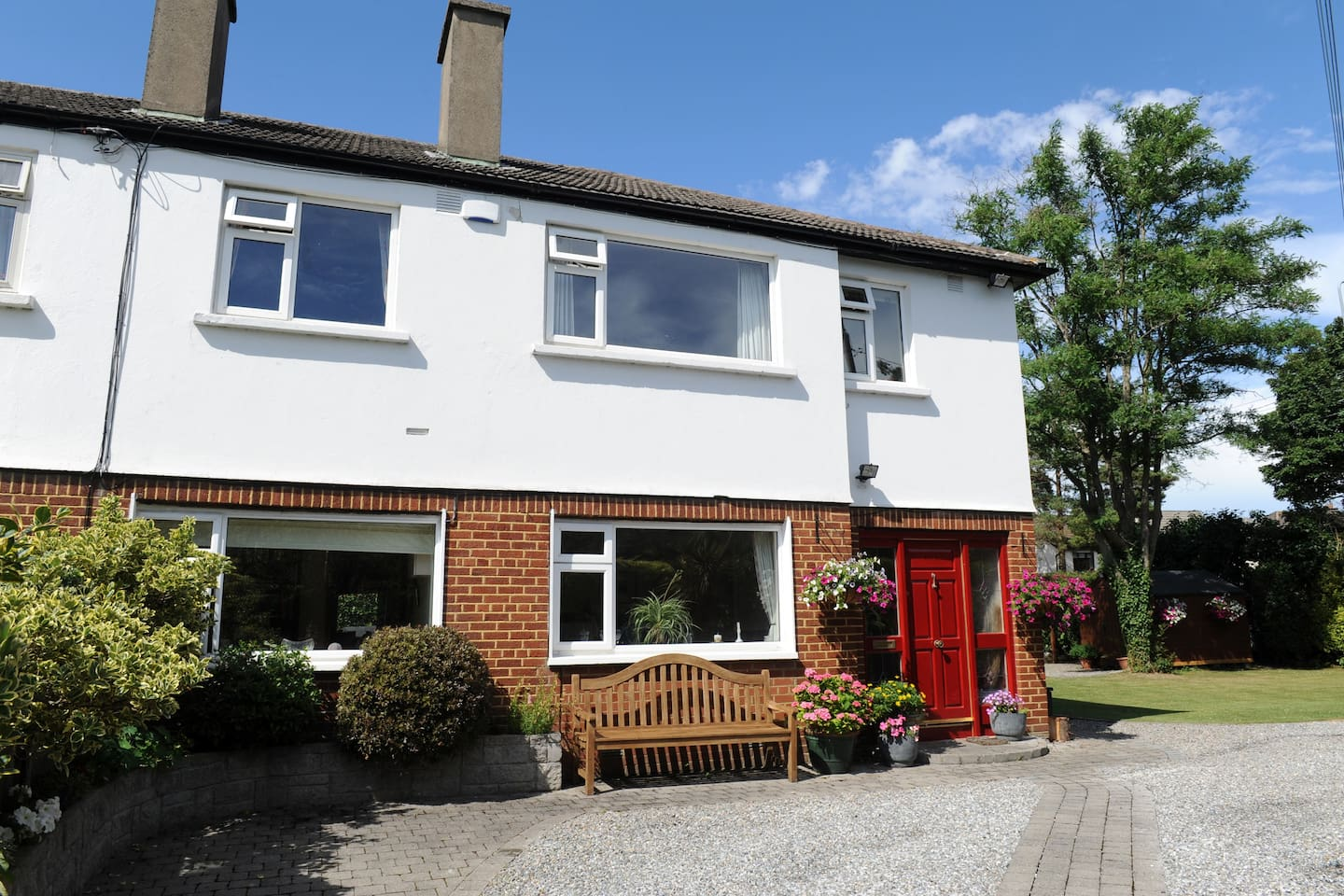 large prime south dublin house houses for rent in ballinteer
