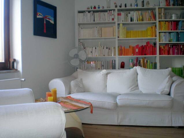 Schönes Privatzimmer in Frankfurt