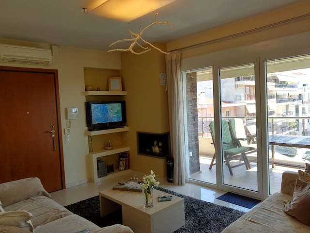 Modern apartment at Agios Ioannis (Kalamaria)