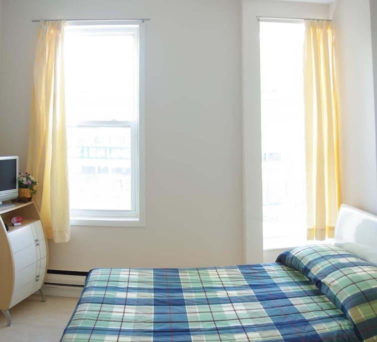 Apartments For Rent In Toronto: Standard Studio (Downtown Toronto)
