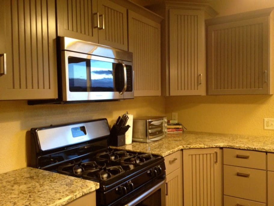 All new appliances and granite countertops