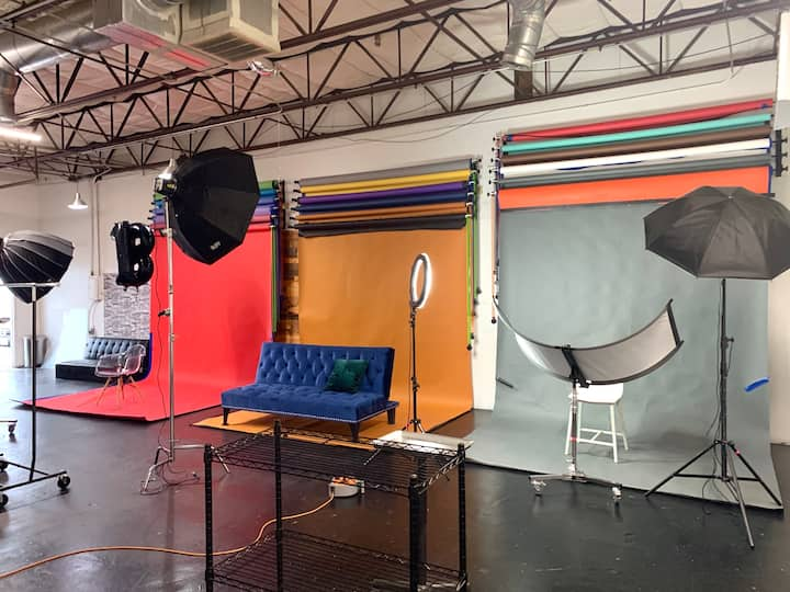 Photo Studio 1,500 square ft.