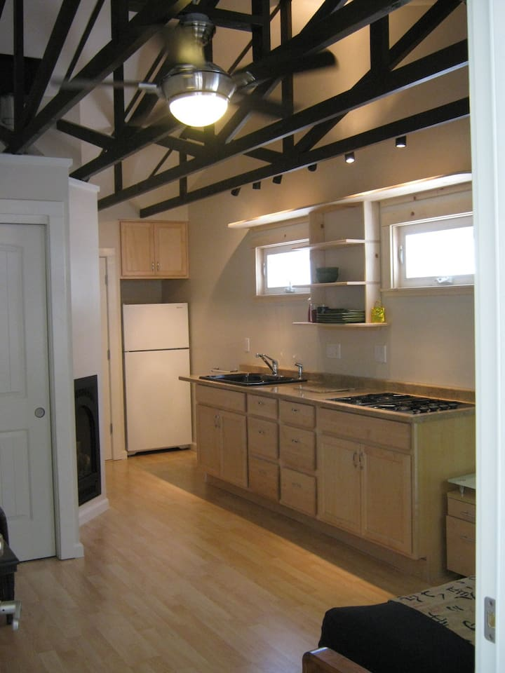 High Ceilings in Studio 4 + Full Kitchen