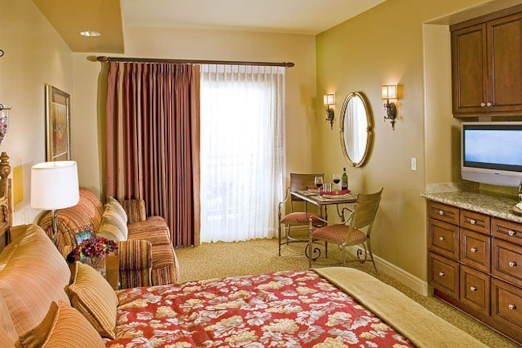 Upscale Napa Resort Studio Suite