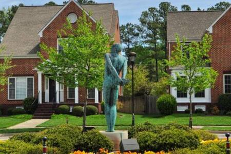 Port Warwick Cozy Townhouse - Newport News