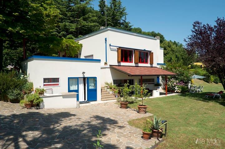 Villa Moni home holidays - Cerreto